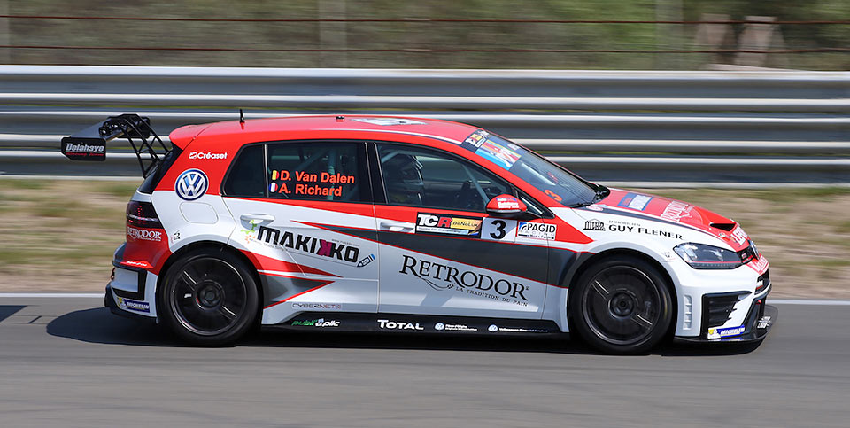 Tcr benelux with pagid racing brake performance pagid racing for Benelux cars
